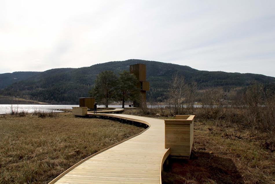 Torre Mirador en Seljord, Mitología Contemporánea Foto Feau2