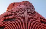 Hotel Porta Fira, la joya roja de Toyo Ito Fotofea 156x100