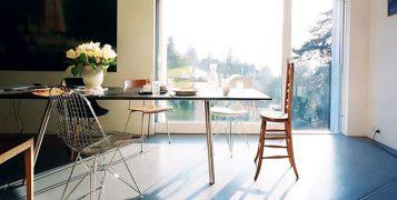 """""""La A-Table es uno de los muebles de líneas puras que llevaron a Maarten Van Severen a la fama y que se convirtieron en su distintivo."""""""