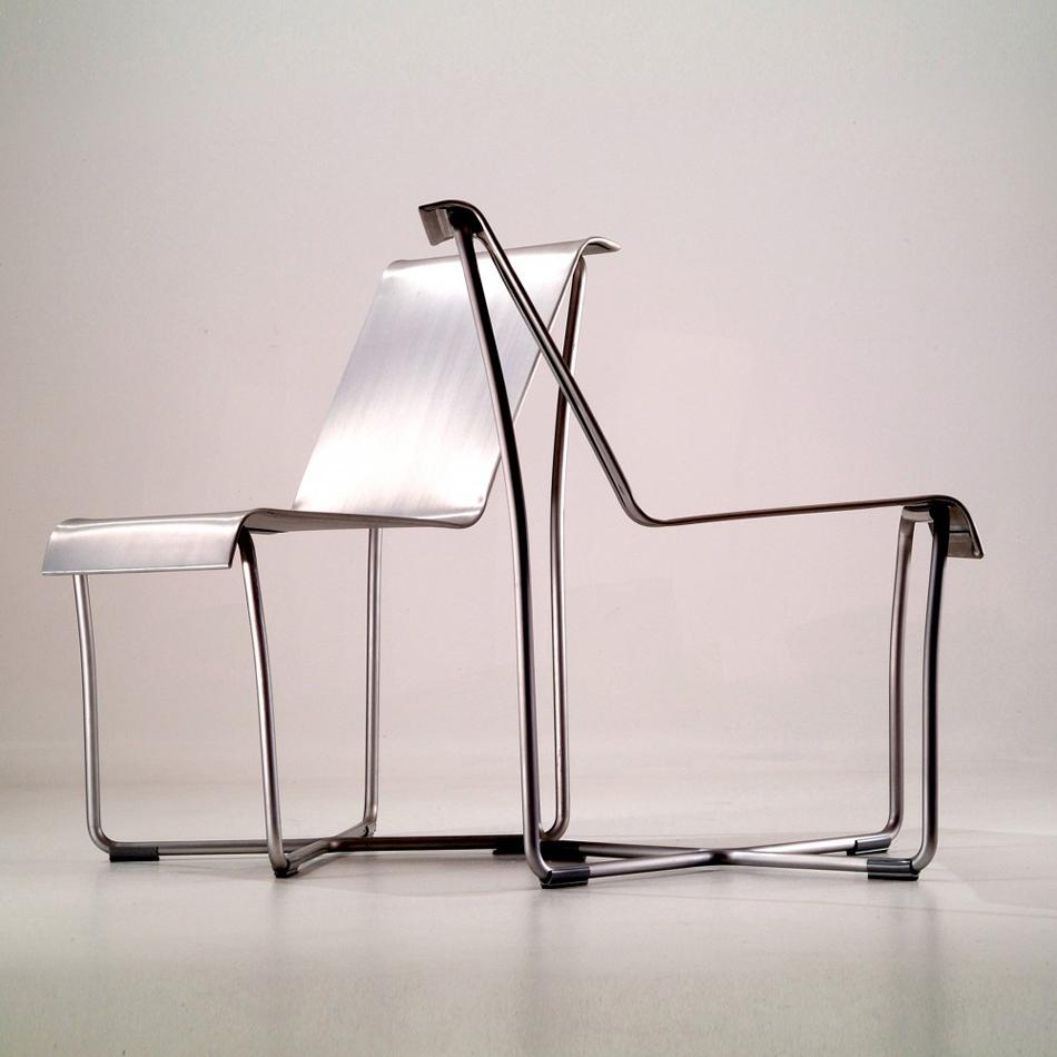 Sillas y Mesas en aluminio Emeco Foto Fautured