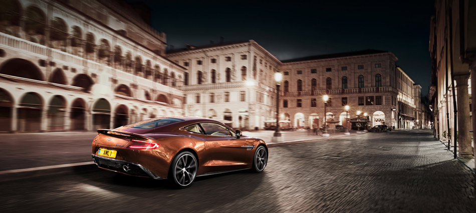 Marcas de Lujo: Nuevo Vanquish, Aston Martin Untitled 116