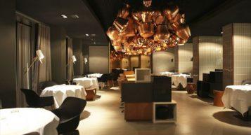 """""""A través de la arquitectura, el diseño y la gastronomía, el hotel Das Stue en Berlín ofrece una experiencia única que conquista todos los sentidos."""""""