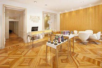 """""""La franquicia Rizos ha creado un nuevo concepto de salón: The Beauty Boutique. Un local, situado en pleno barrio de Salamanca de Madrid, de dos plantas con los mejores tratamientos para el cabello y la piel, cuidando al máximo hasta el mínimo detalle."""""""