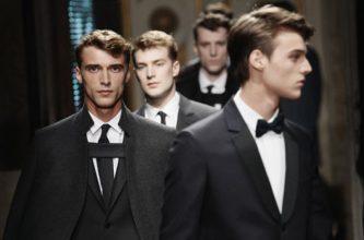 """""""Valentino Abrirá Su Primera Tienda de Ropa Masculina en Paris."""""""