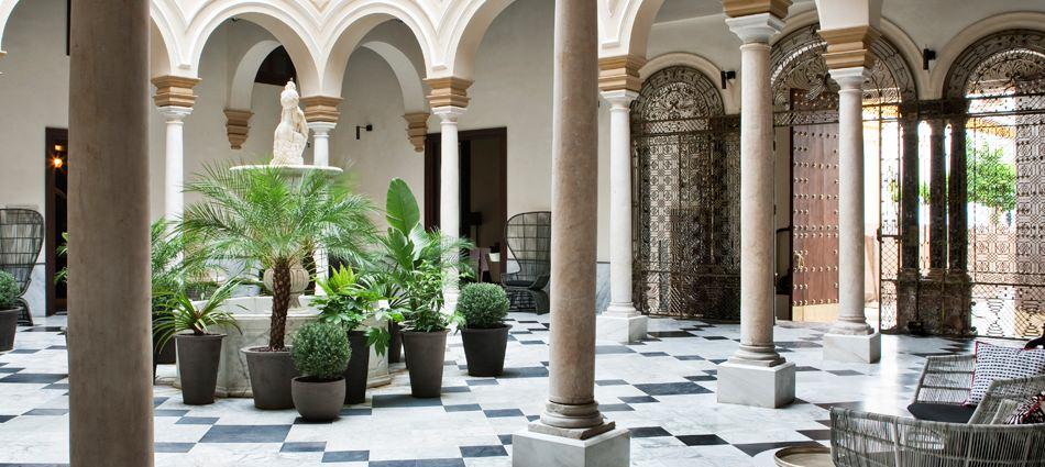Hoteles de Lujo: Hotel Alma Sevilla Hotel Palacio de Villapanés 1014