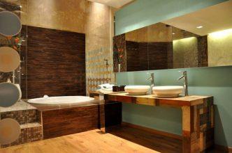 """""""El baño debe ser un espacio armónico que proporcione esa buscada sensación de bienestar""""  Ideas para Decorar el Cuarto de Baño 20 madera 332x220"""