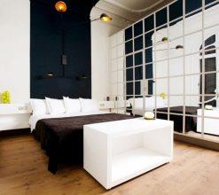"""""""Las paredes no sólo son funcionales, sino que también son una parte integrante de la decoración de interiores.""""  Cómo decorar las Paredes del Dormitorio Principal espejos 2 247x220"""