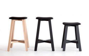 """Una serie de taburetes de madera diseñados por Sohei Arao.""  Ideas para decorar: Punt nos descubre Bevel taburetes bevel de punt mobes1 346x220"