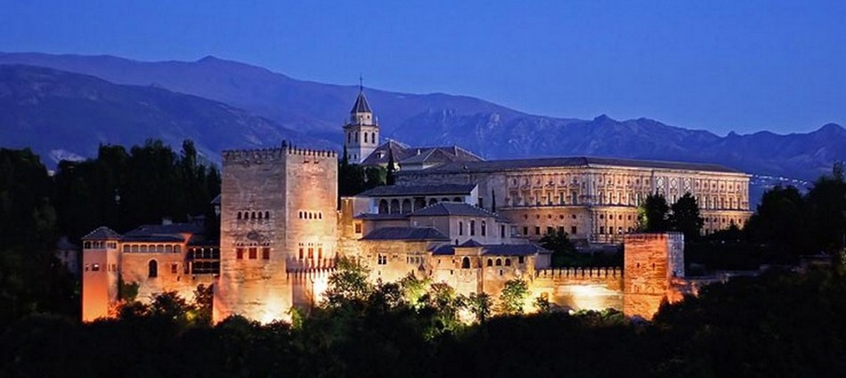La Alhambra de Granada, símbolo del esplendor de la antigua Al-Andalus 514