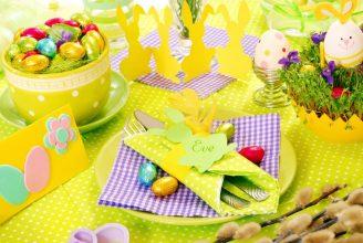 """""""Queremos mostraros algunas sencillas ideas para hacer un original centro de mesa para la época de Pascua.""""  Cómo decorar la mesa para Pascua Como decorar la mesa para Pascua 1 328x220"""