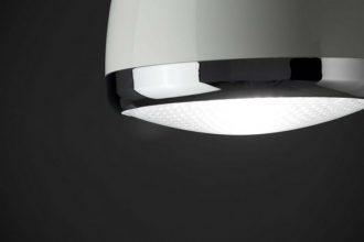 """""""Diseñada por Faro Barcelona, está disponible en dos acabados, blanco y negro.""""  Ideas para decorar: Lampara Lampetta Lampara Lampetta 2 330x220"""