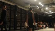 """""""La exclusiva marca de ropa femenina Akris inauguró recientemente su nueva boutique en Bal Harbour y para celebrarlo organizó un íntimo desfile de modas en la National YoungArts Foundation.""""  Akris celebra la apertura de su nuevo local con un exclusivo desfile de modas Boutique Akris Fashion in Florida 178x100"""
