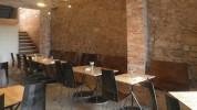 """""""El restaurante Somiatruites, en el barrio del Rec de Igualada, se ha transformado recientemente en un centro gastronómico y cultural diseñado por tres jóvenes.""""  Renovación del restaurante Somiatruites en Barcelona Restaurante Somiatruites en Barcelona 178x100"""