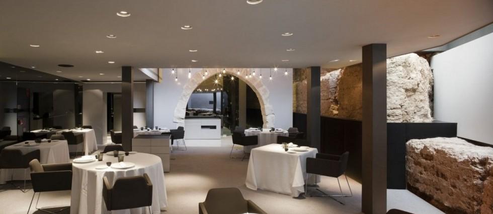 """""""Caro Hotel es un hotel-monumento de 5 estrellas ubicado en Valencia diseñado por el interiorista y diseñador industrial Francesc Rifé""""  Caro Hotel Valencia, una obra 5* de Francesc Rifé CARO HOTEL VALENCIA COMEDOF1"""