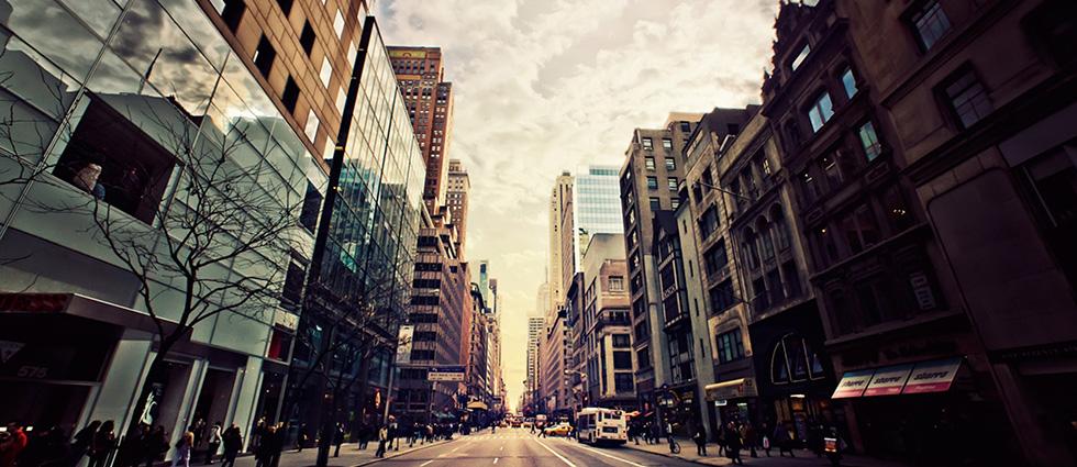 """""""La 5th Avenue o Quinta Avenida de Nueva York es la primera avenida más cara del mundo"""" Ranking de las 10 avenidas más caras del mundo portada31"""