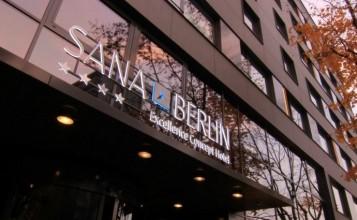 """""""El proyecto de interiorismo desarrollado por Francesc Rifé en el Hotel Sana de Berlín no podría describirse si no de riguroso y equilibrado""""  Hotel Sana en Berlín: rigor y elegancia de la mano de Rifé portada 4 357x220"""