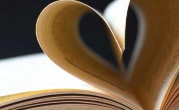 """""""Entre otros, este libro representa una joya en la biblioteca de un arquitecto. Las casas de los arquitectos, un libro de Gennaro Postiglione""""  Una joya en la biblioteca de un arquitecto Libro 357x220"""