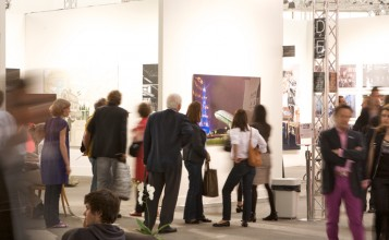"""""""ADN galería fue fundada con la voluntad de crear una plataforma híbrida entre mediación comercial y aportación cultural, cuyo objetivo es difundir tendencias artísticas actuales.""""  ADN Galería, galeria de arte contemporánea en Barcelona adn galeria en barcelona 2 357x220"""