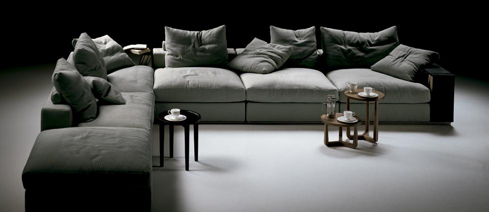 """""""Naharro Showroom es distribuidor de las principales firmas de mobiliario e iluminacion para hogar."""" Naharro, un Showroom de mobiliario diseño moderno en Madrid naharro showroom madrid"""