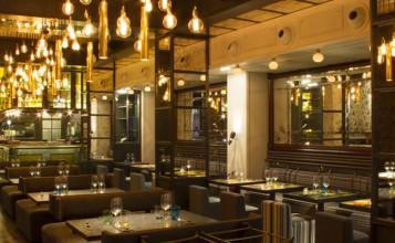 """""""Situado en una ubicación privilegiada del centro de Barcelona, la pequeñita y reservada calle del Pasaje de Domingo.""""  El Pepito, nuevo restaurante con encanto en Barcelona pepito restaurante en barcelona 5 357x220"""
