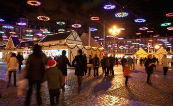 Mercadillos de Navidad en España Decorar una Casa Presenta los Mejores Mercadillos de Navidad en España plaza mayor 357x220
