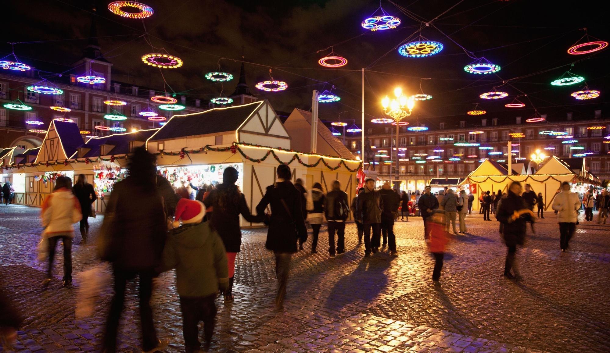 Mercadillos de Navidad en España Decorar una Casa Presenta los Mejores Mercadillos de Navidad en España plaza mayor