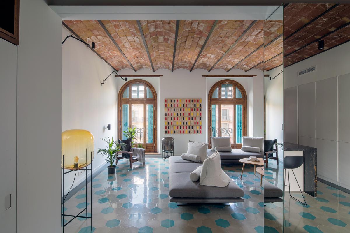 Diseño de Interiores en Barcelona: NOOK crea proyectos lujuosos diseño de interiores Diseño de Interiores en Barcelona: NOOK crea proyectos lujuosos 01 nook house mirrors lr