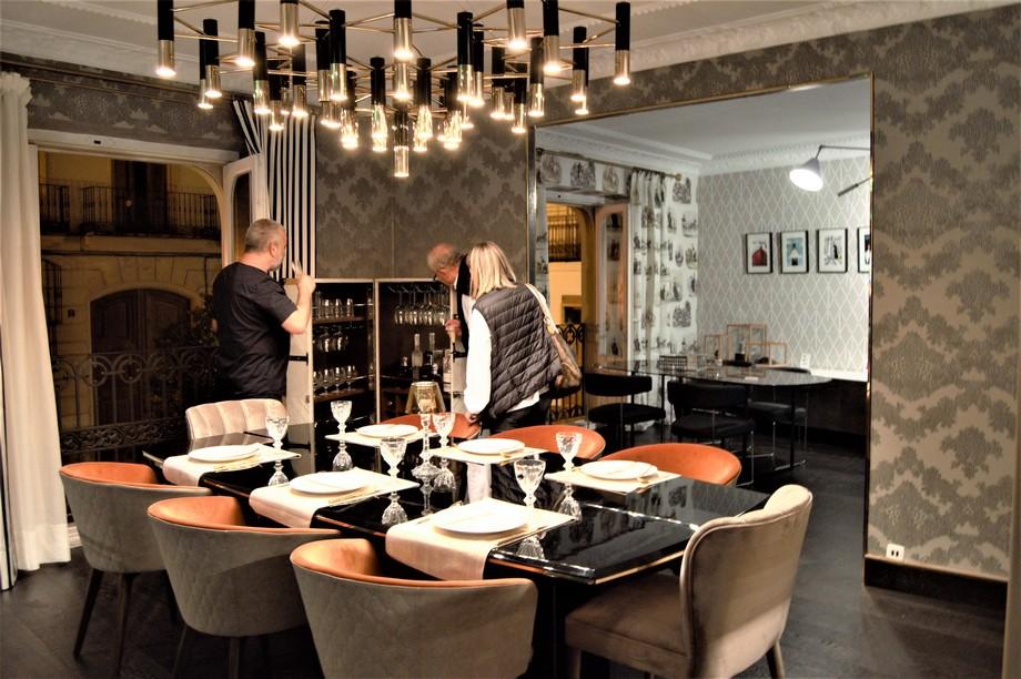 COVET VALENCIA: Un elegante y lujuoso showroom por Covet House covet valencia COVET VALENCIA: Un elegante y lujuoso showroom por Covet House 15