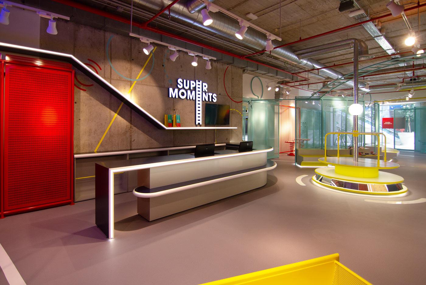 Iluminación lujuosa: L&S una empresa con proyectos elegantes en Madrid iluminación lujuosa Iluminación lujuosa: L&S una empresa con proyectos elegantes en Madrid iluminacion tienda supermoments