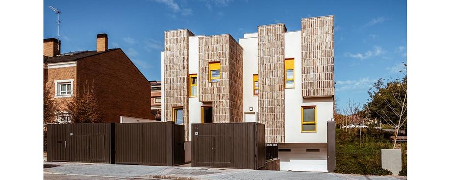 Estudio Arquitectura: OOIIO crea ambientes lujuosos y contemporaneos estudio arquitectura Estudio Arquitectura: OOIIO crea ambientes lujuosos y contemporaneos OOIIO Viviendas Adosadas Montecarmelo 15 1500x600 1