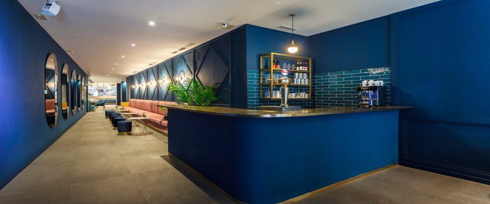 Estudio de Interiores: Peanut Design crea proyecto elegantes y poderosos