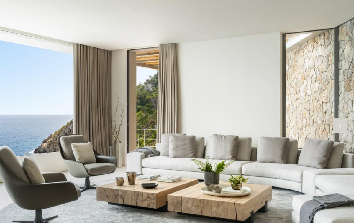 Top Interioristas en Mallorca: Diseño de Interiores poderoso y lujuoso top interioristas Top Interioristas en Mallorca: Diseño de Interiores poderoso y lujuoso Terraza Balear