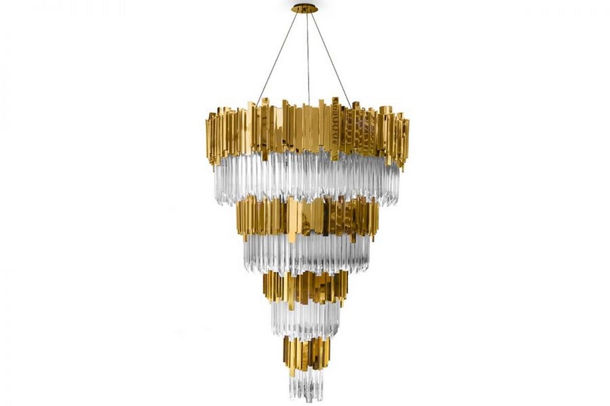 Candelabros elegantes: Piezas exclusivas para un proyecto lujuoso candelabros elegantes Candelabros elegantes: Piezas exclusivas para un proyecto lujuoso empire chandelier 01 900x600 1