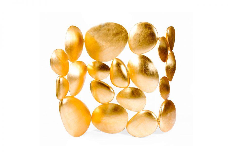 Pantallas Lujuosas: Ideas exclusivas para un proyecto moderno pantallas lujuosas Pantallas Lujuosas: Ideas exclusivas para un proyecto moderno gold folding screen boca do lobo 01 900x600 1