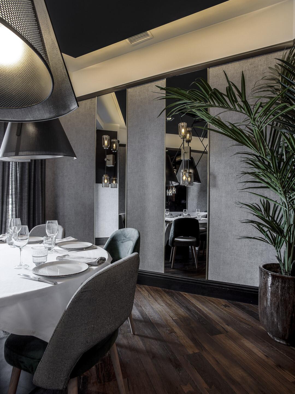 Top Interioristas: Proyectos lujuosos y elegantes en Madrid top interioristas Top Interioristas: Proyectos lujuosos y elegantes en Madrid URO MJ 22 uai 1080x1440 1