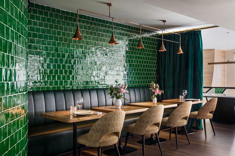 Ines Benavides: Una lujuosa Diseñadora de interiores en Madrid ines benavides Ines Benavides: Una lujuosa Diseñadora de interiores en Madrid 2 Green restaurant e1589183657914